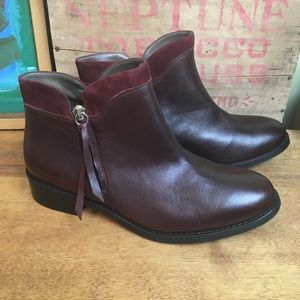 Bella Vita Maroon Leather Ankle Booties Boots 9 W